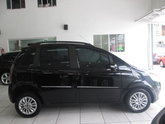 Fiat Idea   Essence 1.6 Flex 16V 5p - Foto #2