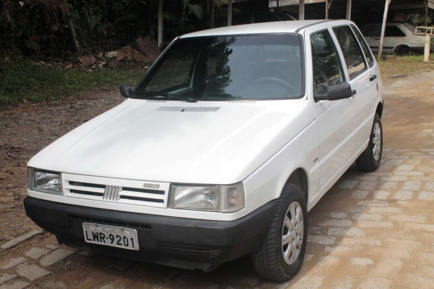 Fiat Uno Mille ELX 1.0 4p - Foto #3