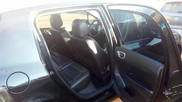 Peugeot 307 Hatch. Feline 2.0 16V (flex) (aut) - Foto #1