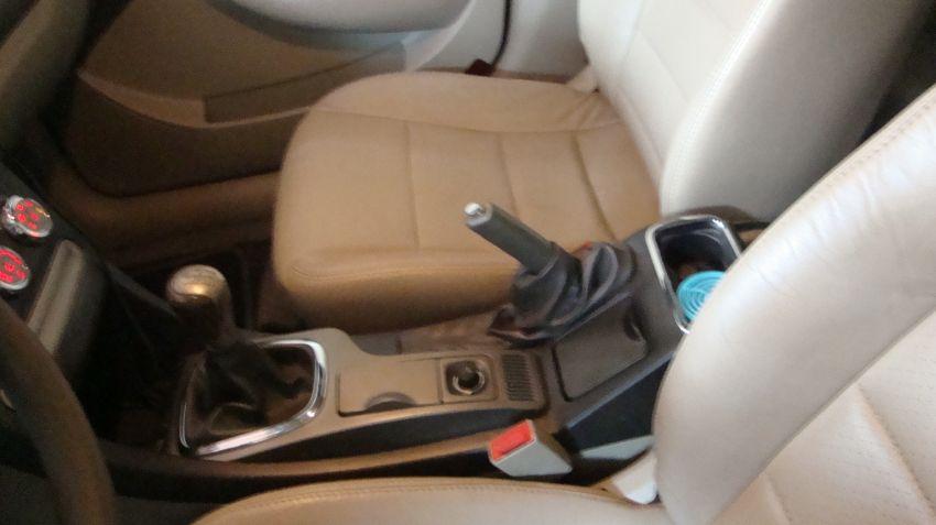 Chery Cielo Hatch 1.6 16V - Foto #6