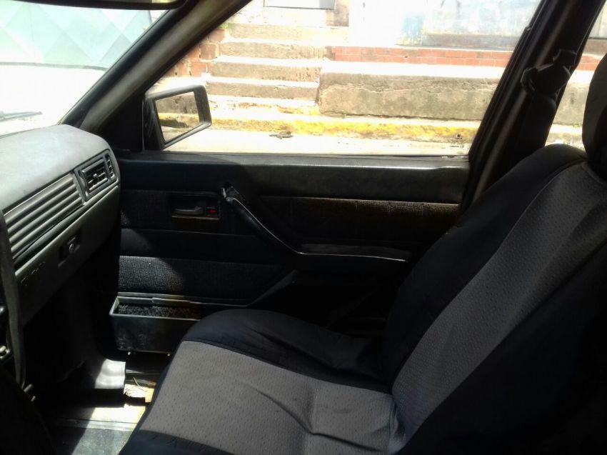 Chevrolet Monza Sedan Classic 2.0 - Foto #3