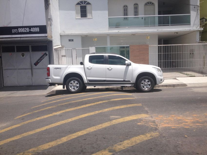 Chevrolet S10 2.8 CTDi 4x4 LT (Cab Dupla) (Aut) - Foto #3
