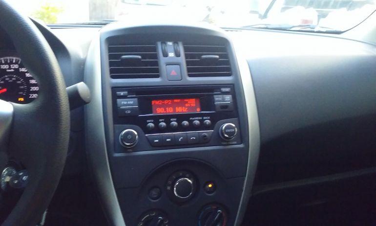 Nissan Versa 1.6 16V SL (Flex) - Foto #7