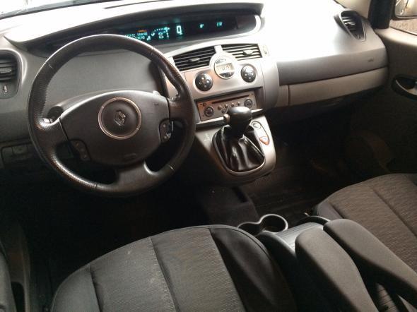 Renault Grand Dynamique 2.0 16V 5p Aut - Foto #9