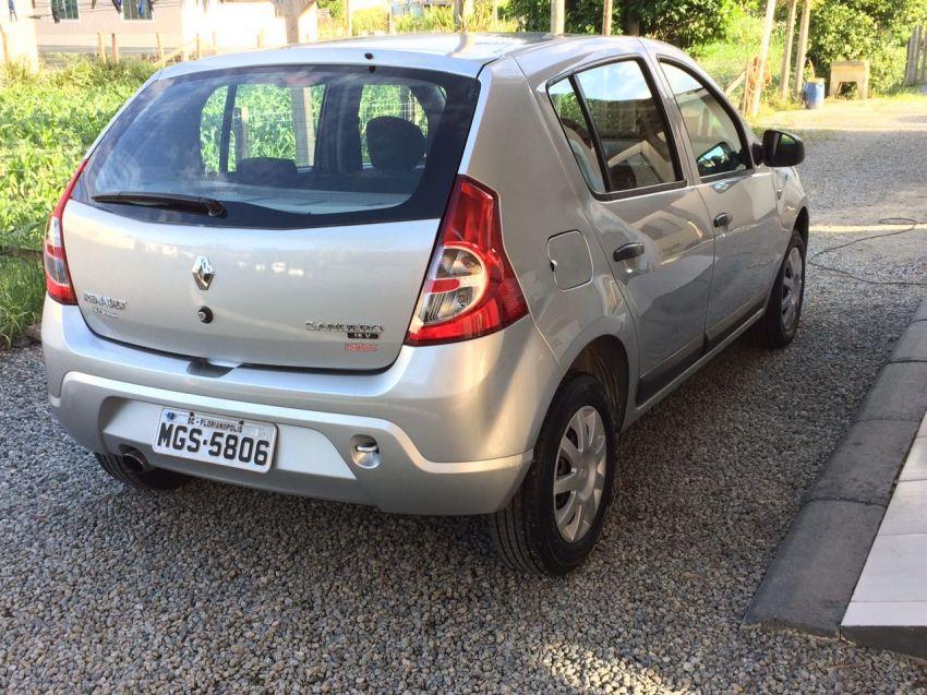Renault Sandero Expression 1.0 16V (Flex) - Foto #4