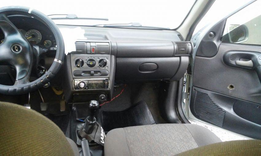 Chevrolet Classic LS VHC E 1.0 (Flex) - Foto #6