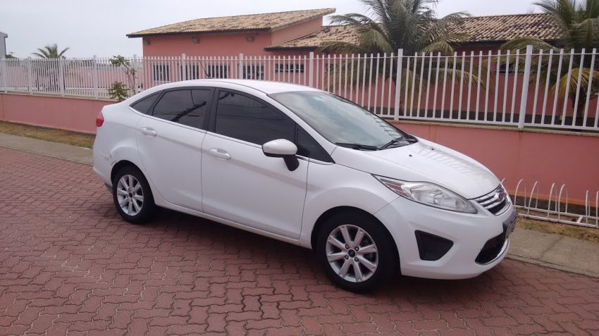 Ford New Fiesta Sedan 1.6 SE - Foto #1