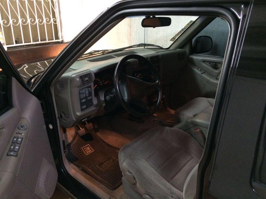Chevrolet Blazer 4x2 2.2 EFi - Foto #6