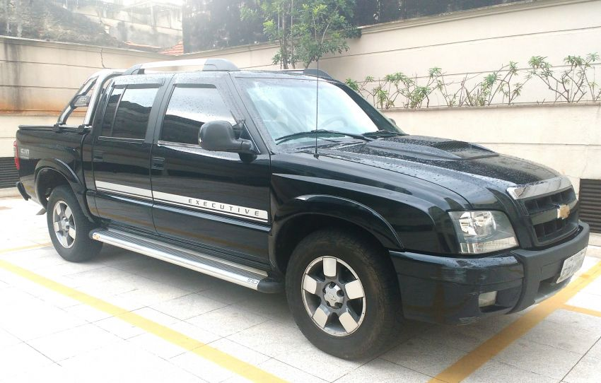 Chevrolet S10 Executive 4x2 2.4 (Flex) (Cab Dupla) - Foto #1