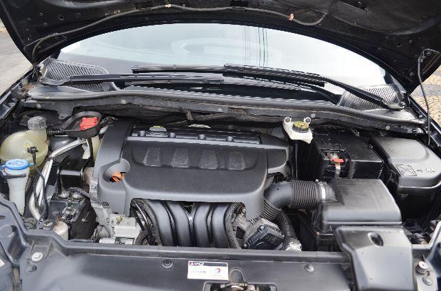 Citroën C4 Exclusive 2.0 (flex) - Foto #5
