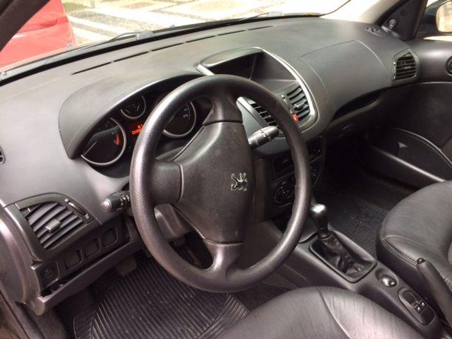 Peugeot 207 Hatch X-Line Web 1.4 8V (flex) (4 p.) - Foto #1