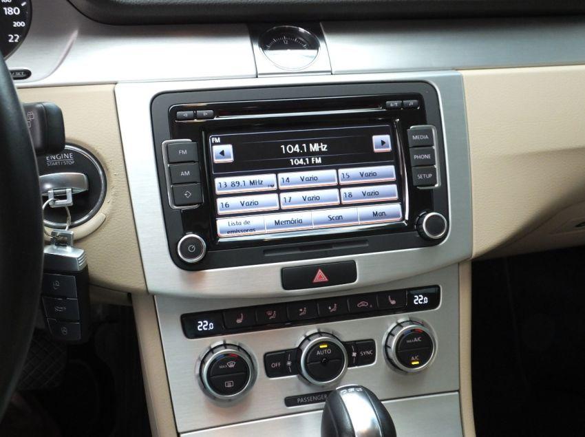 Volkswagen Passat Variant 2.0 - Foto #5