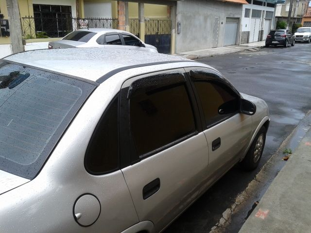 Chevrolet Corsa Sedan Classic 1.6 MPFi - Foto #5