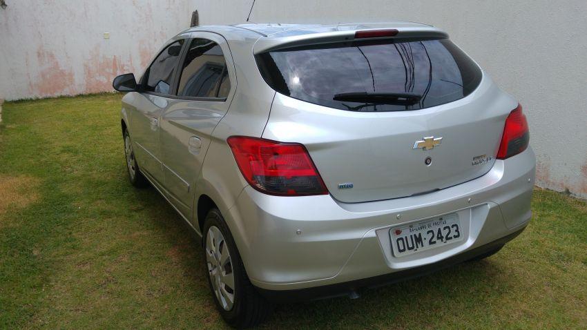 Chevrolet Onix 1.4 LT SPE/4 Eco (Aut) - Foto #2