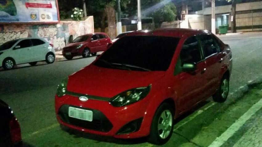 Ford Fiesta Sedan 1.6 Rocam (Flex) - Foto #1