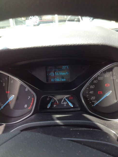 Ford Focus Hatch S 1.6 16V TiVCT - Foto #3