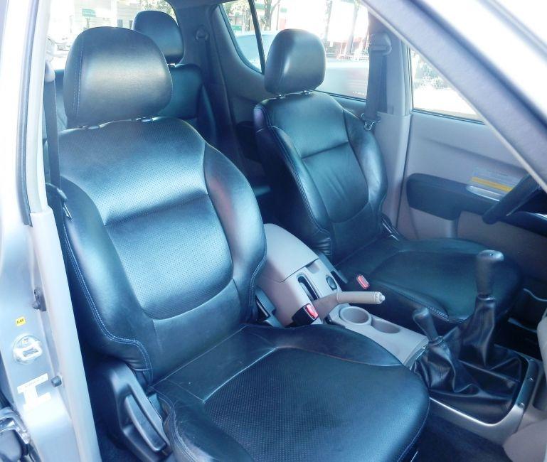 Mitsubishi L 200 Triton HPE 4x4 3.2 (cab. dupla) - Foto #6