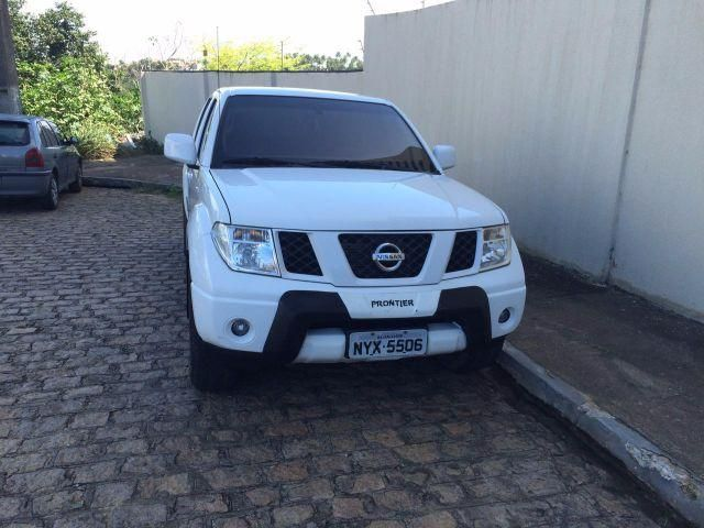 Nissan Frontier XE 4x4 2.5 16V (cab. dupla) - Foto #1