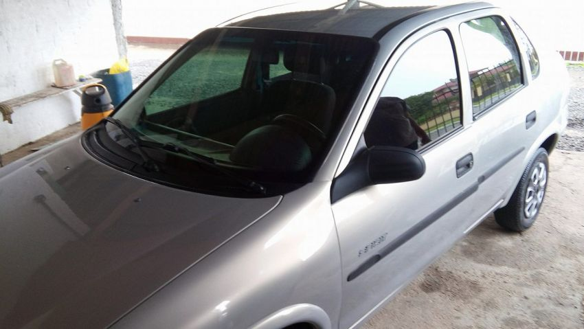 Chevrolet Corsa Sedan Classic Spirit 1.6 - Foto #1