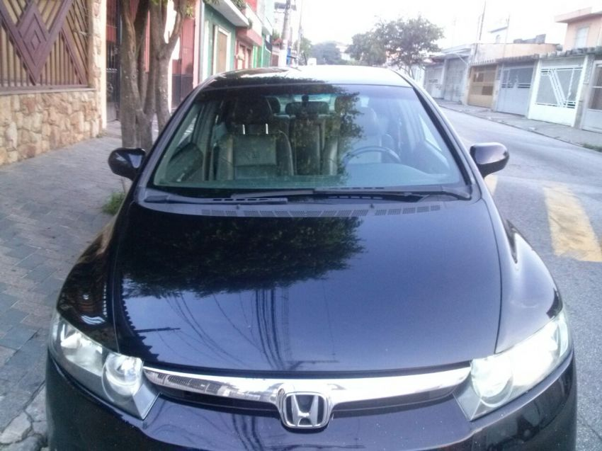 Honda New Civic LX 1.8 - Foto #1