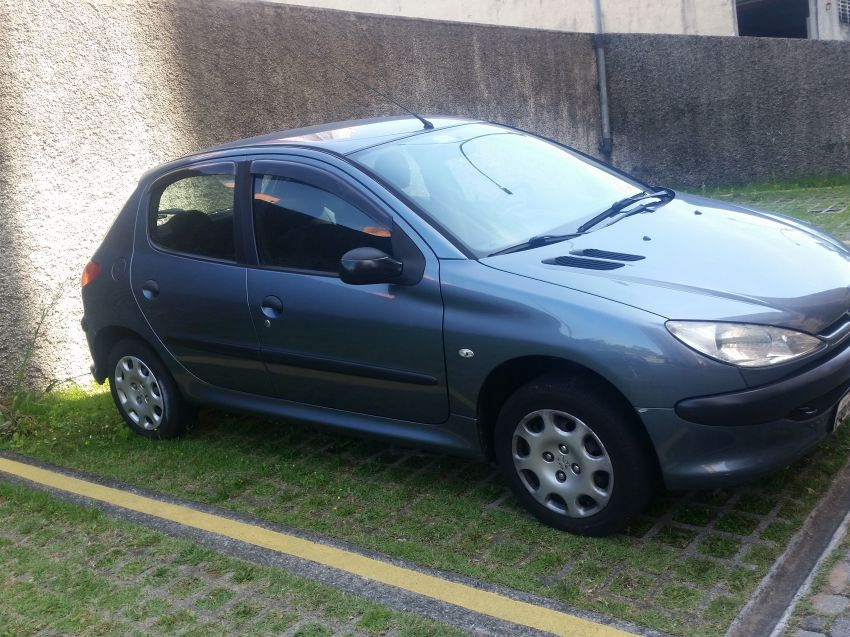 Peugeot 206 Hatch. Sensation 1.4 8V (flex) - Foto #2
