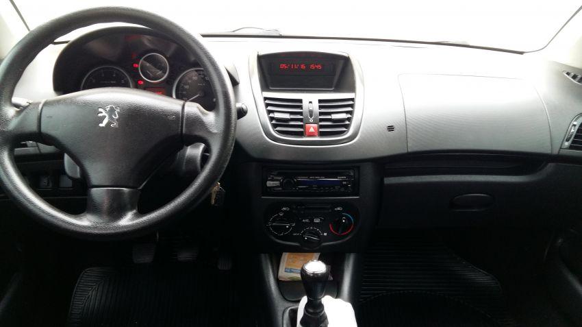 Peugeot 207 Hatch X-Line 1.4 8V (flex) (4 p.) - Foto #4