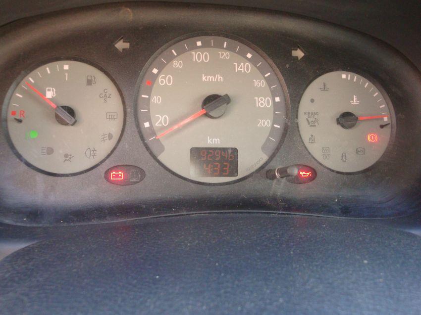 Renault Clio Hatch. Authentique 1.6 16V (flex) 4p - Foto #6