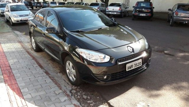 Renault Fluence 1.6 16V Expression (Flex) - Foto #1