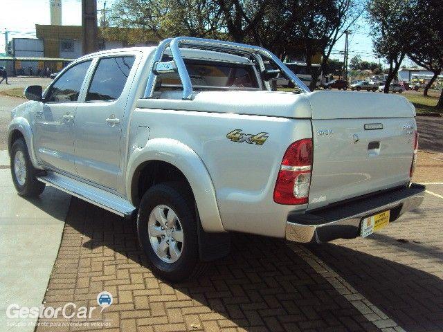 Toyota Hilux 2.7 Flex 4x4 CD SRV Auto - Foto #3