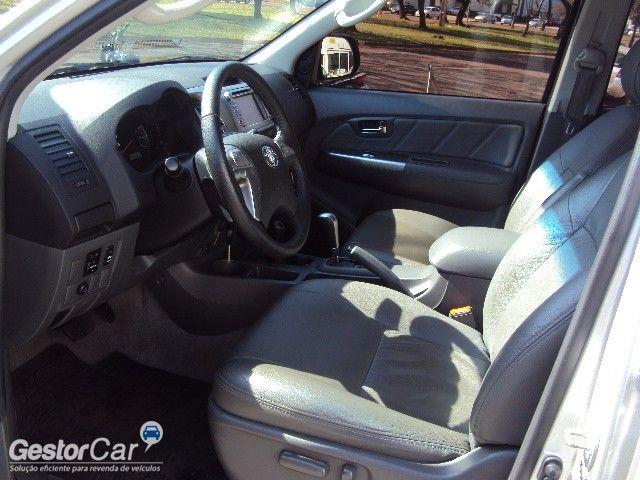 Toyota Hilux 2.7 Flex 4x4 CD SRV Auto - Foto #5