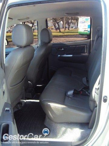 Toyota Hilux 2.7 Flex 4x4 CD SRV Auto - Foto #6