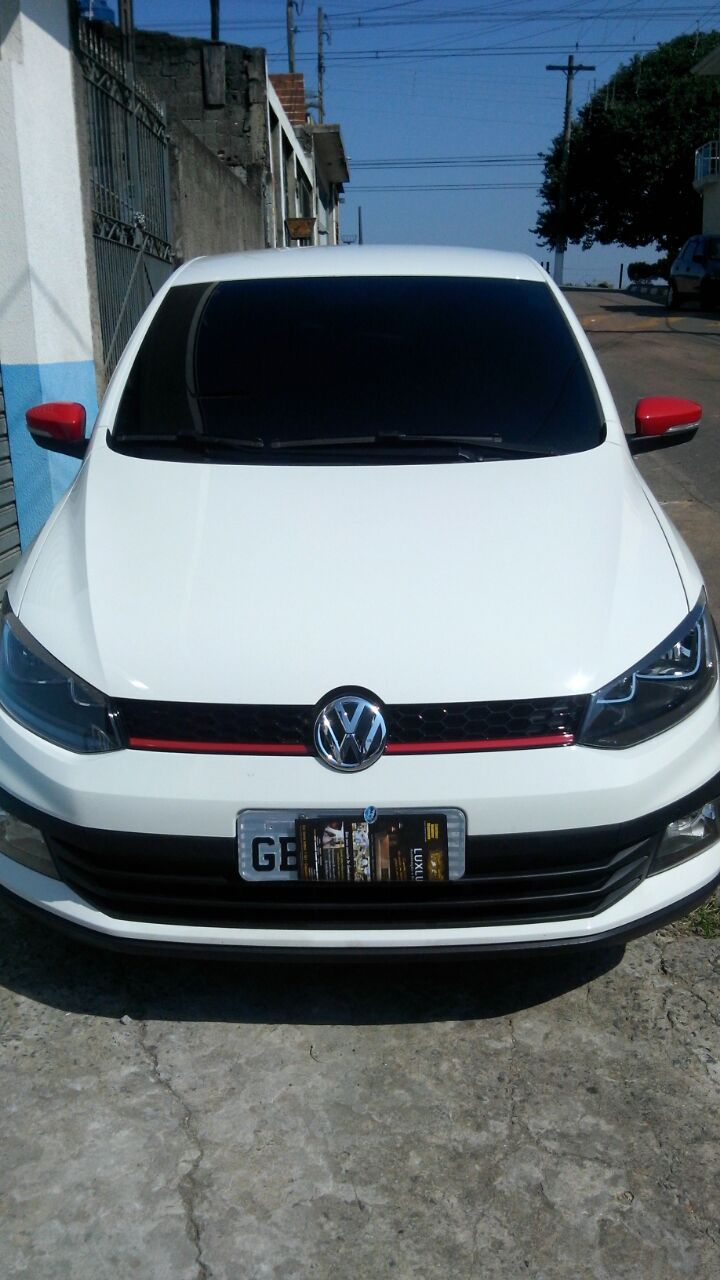Volkswagen Fox Pepper 1.6 16v MSI (Flex) - Foto #1