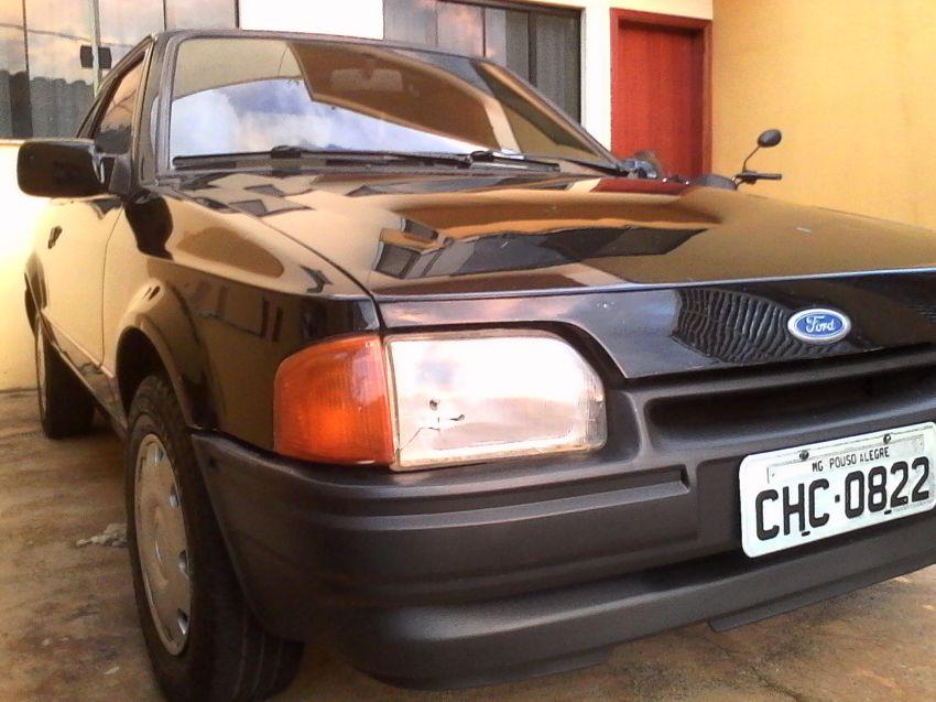 Ford Escort Hatch Hobby 1.0 - Foto #7