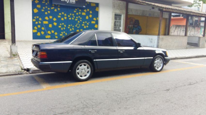 Mercedes-Benz 230 E 2.3 - Foto #2