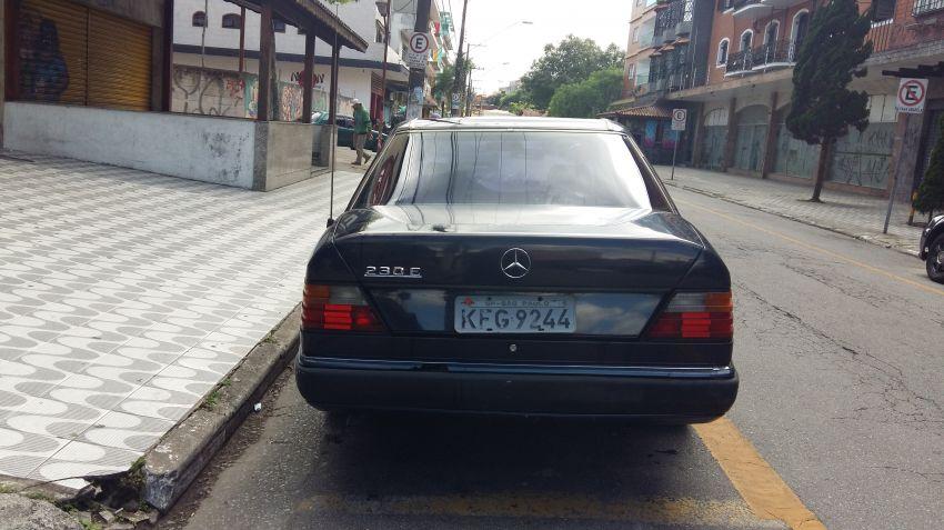 Mercedes-Benz 230 E 2.3 - Foto #3