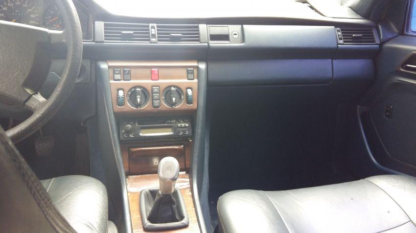 Mercedes-Benz 230 E 2.3 - Foto #6