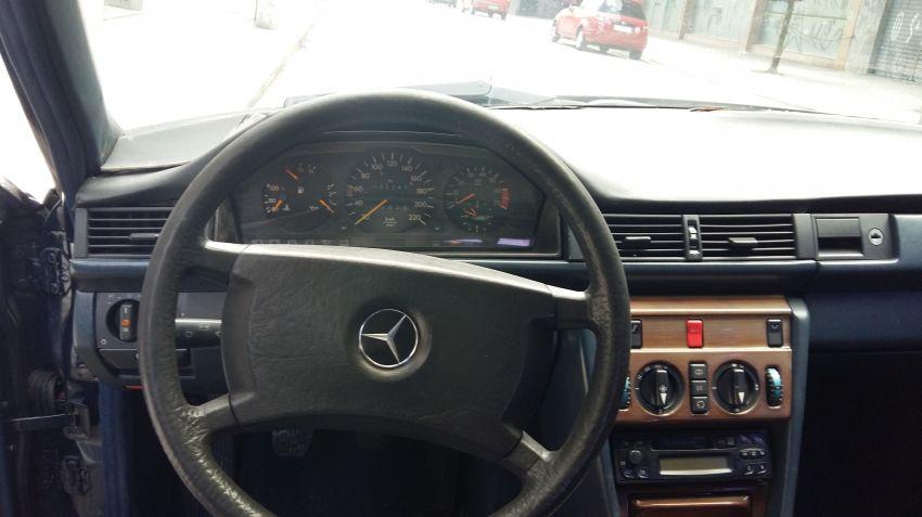 Mercedes-Benz 230 E 2.3 - Foto #9