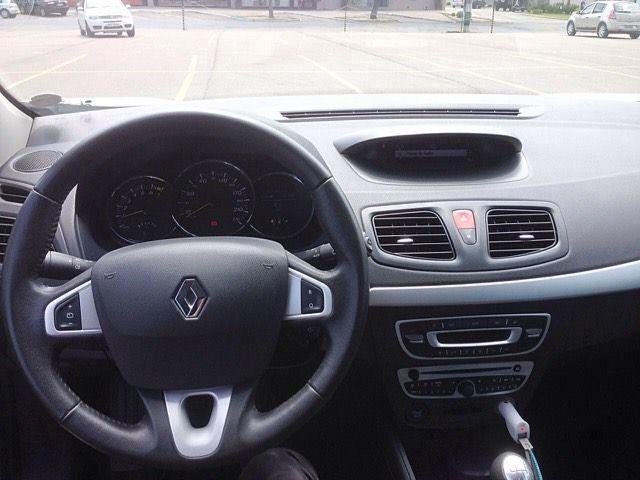 Renault Fluence 2.0 16V Dynamique - Foto #2