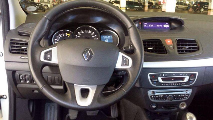 Renault Fluence 2.0 16V Dynamique - Foto #4