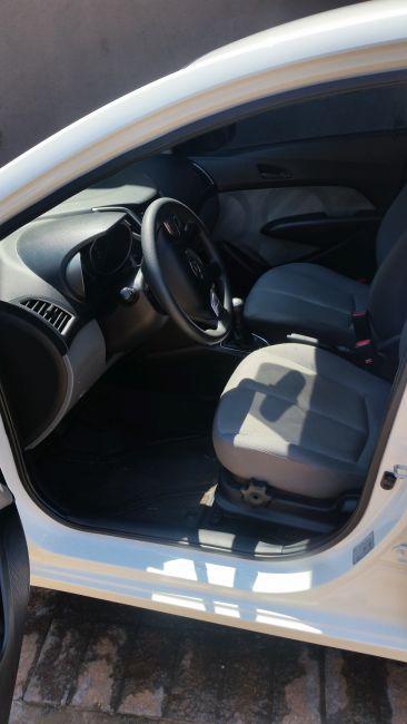 Hyundai HB20 1.0 S Comfort Plus - Foto #9