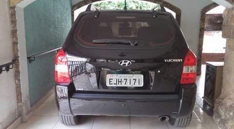 Hyundai Tucson GL 2.0 16V (aut) - Foto #2