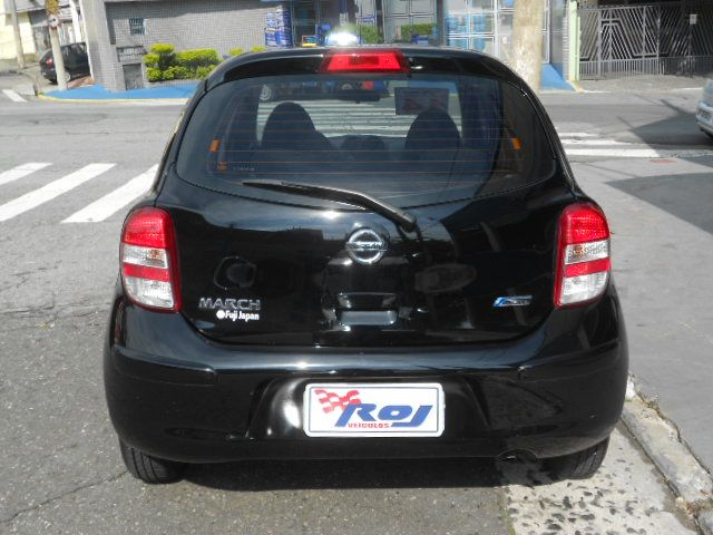 Nissan March 1.0 12V S (Flex) - Foto #7