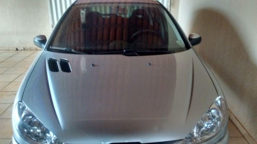 Peugeot 206 Hatch. Feline 1.4 8V - Foto #3