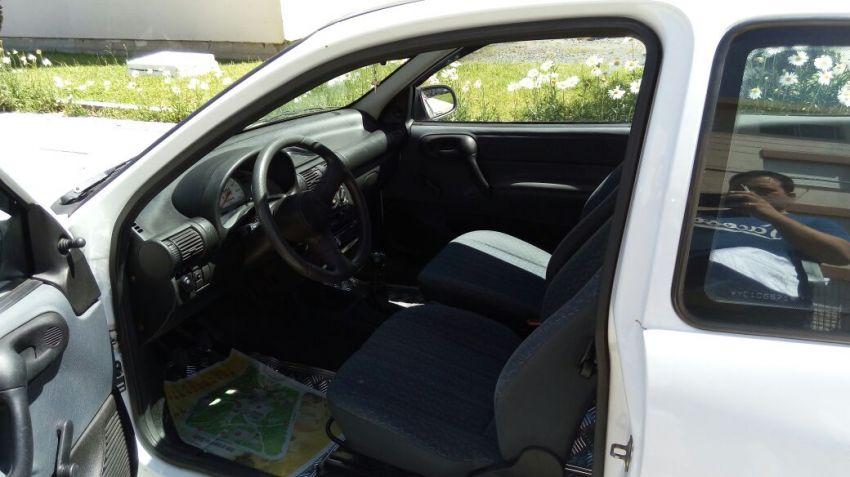 Chevrolet Corsa Hatch Wind 1.0 MPFi 2p - Foto #1