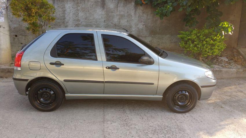 Fiat Palio ELX 1.3 8V (Flex) (versão III) - Foto #2
