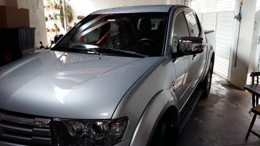 Mitsubishi L 200 Triton HPE 4x4 3.5 V6 (flex) (cab. dupla) (aut) - Foto #1