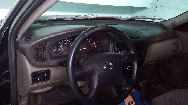 Nissan Sentra GXE 1.8 16V - Foto #2