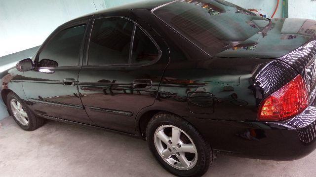 Nissan Sentra GXE 1.8 16V - Foto #3