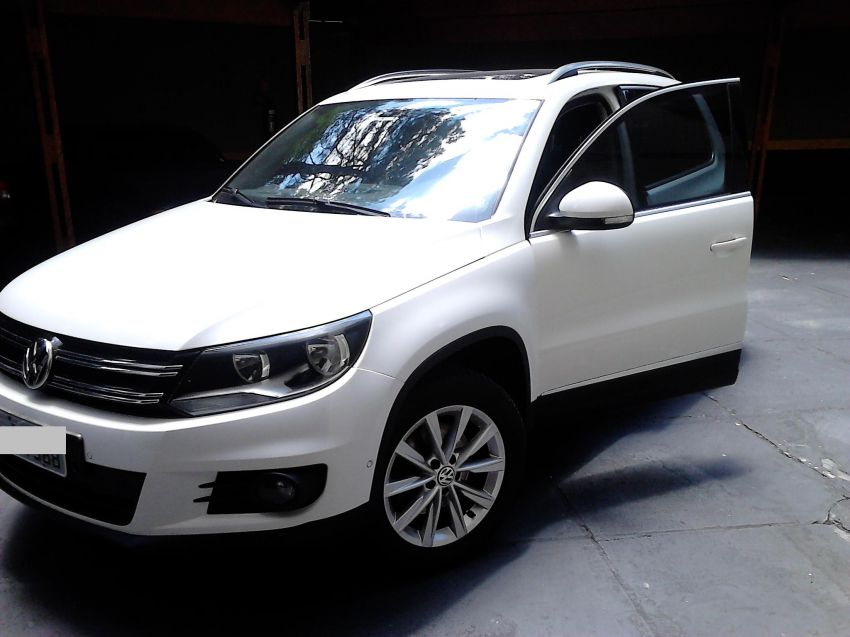 Volkswagen Tiguan 2.0 TSI - Foto #1