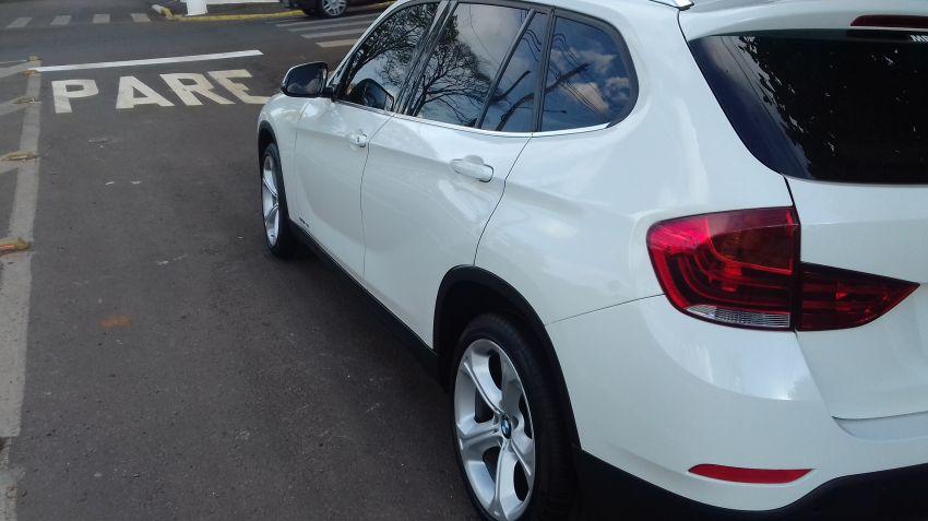 BMW X1 2.0i 4x4 XDrive28i (aut) - Foto #2